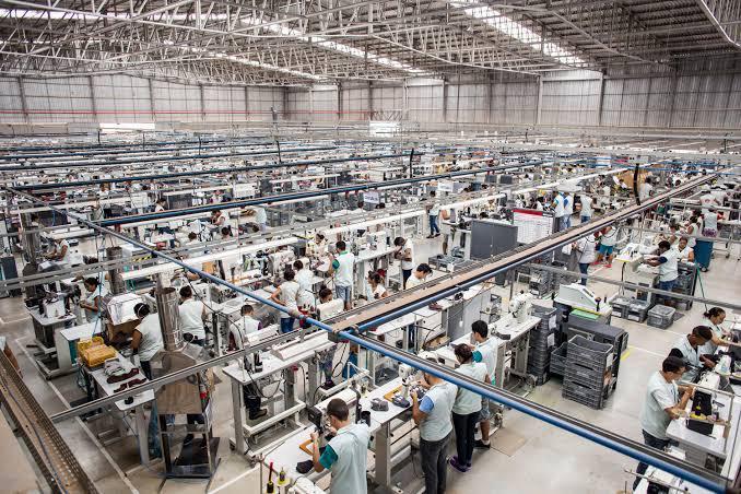 A confiança da indústria cresce com rapidez