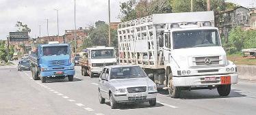 Setor de transporte de cargas em MG espera retomar avanço este ano
