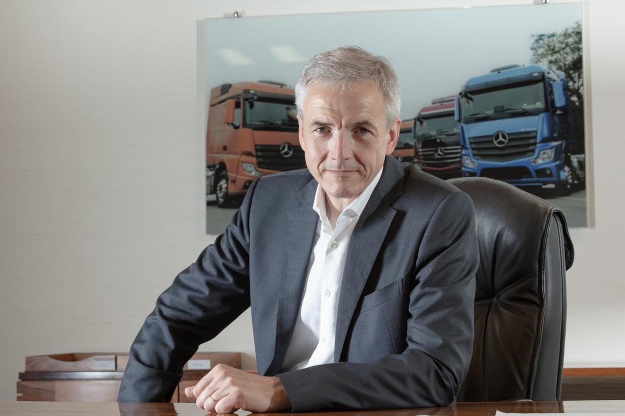 Karl Deppen, CEO da Mercedes-Benz, diz que Brasil precisa de reformas urgentes